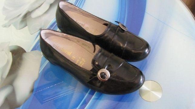 Очень удобные туфли Vitaforni Германия