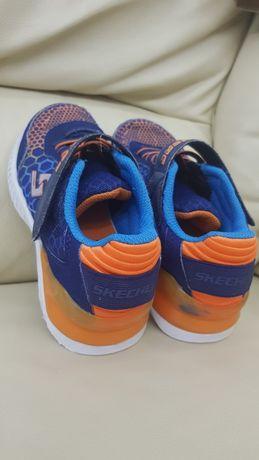 Кроссовки Skechers на липучке для мальчика. 31р (19,5-20 см)