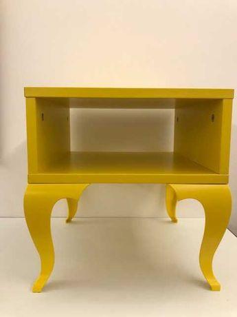 Mesa de cabeceira Ikea ou mesa de apoio