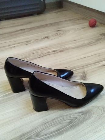 Sprzedam buty firmy Gino Rossi 38