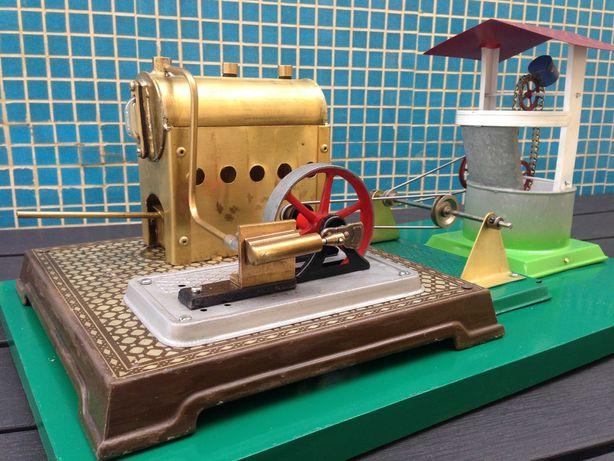 Brinquedo técnico a vapor com nora
