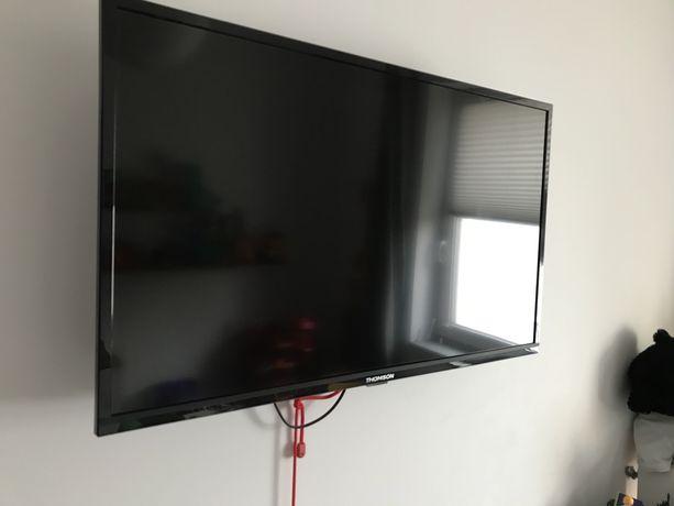 Sprzedam telewizor Telewizor THOMSON 32HD3301