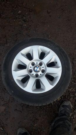 Koła BMW z oponami zimowymi