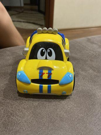 Машинка chicco для самых маленьких