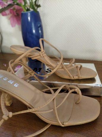 Босоніжки босоножки взуття