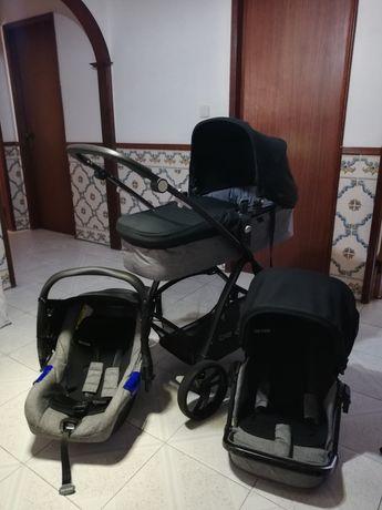 Carrinho de bebé trio