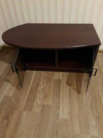 Стол-тумба, журнальный столик, тумба под телевизор, игровую приставку