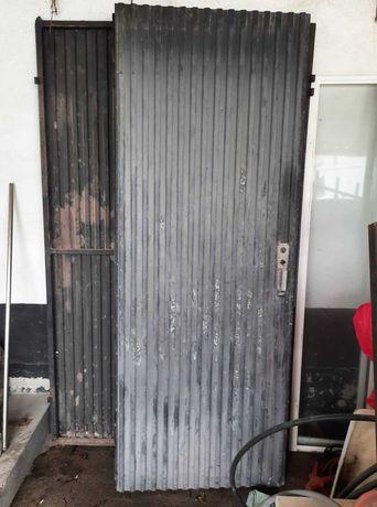 Vendo portão de correr usado