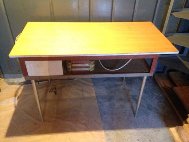 Зарядно-пусковое устройство (стол)
