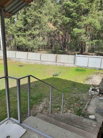 Продам свой дом в сосновом лесу рядом река 15 мин. от метро.  Торг!!!