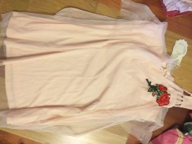 Sukienka, tunika, tiul.
