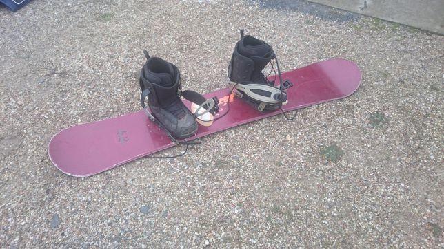 Komplet. Snowboard Nitro +buty Oxygen 44 + wiazania