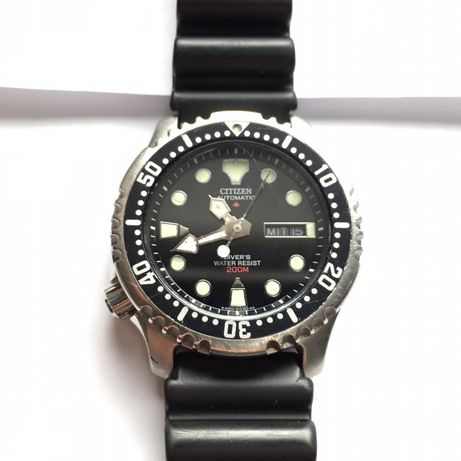 Automat Citizen Diver NY0040-09EE