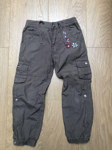 Spodnie przejściowe r. 104