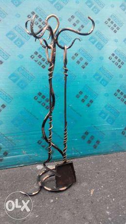 Набор банный- кованная когерга, совок на кованой подставке под бронзу
