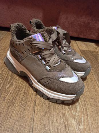 Взуття,зима, натуральний замш 38р.