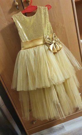 Шикарное платье 104-110