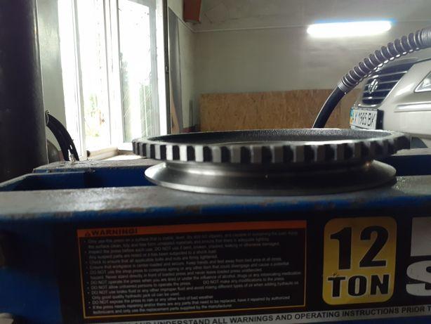 Шкив коленвала ВАЗ-21214 Яинжекторный