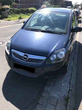 Сдам авто в аренду Opel Zafira 2009 газ/бензин / Автомат
