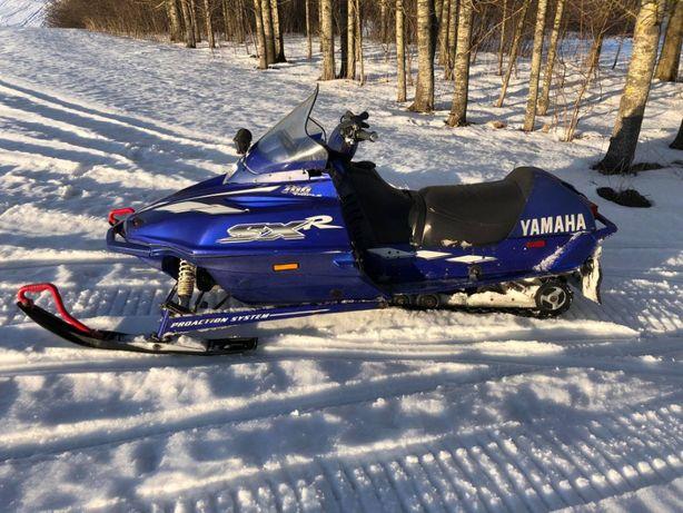 Skuter śnieżny Yamaha SXR 700 99r.