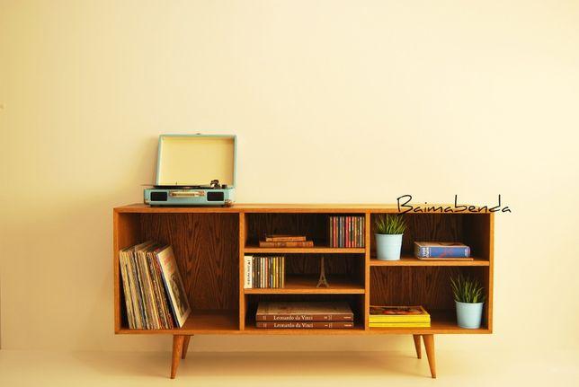 Móvel Aparador / estante / gira discos / retro vintage