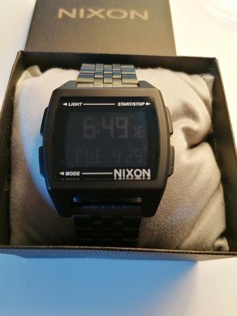 Relógio tipo Nixon Regulus novo