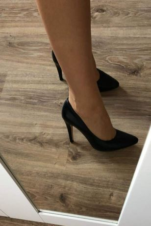 Buty czarne rozmiar 39 eleganckie szpileczki