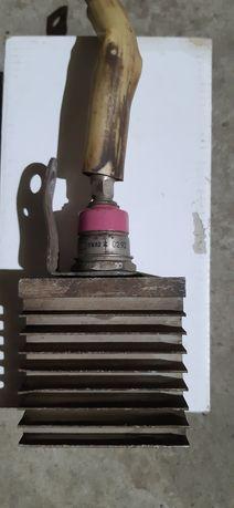 Силовые диоды д161-320 и 161-250