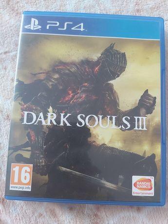 Gry na PS 4 używane