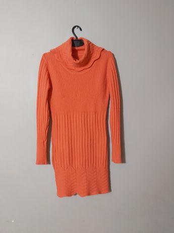Sukienka sweterkowa z golfem i długim rekawem/ prazkowana rozm s/m