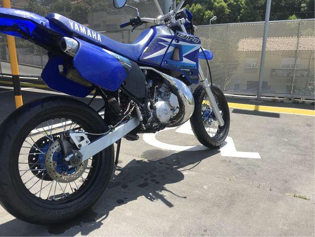 Yamaha DT 125 R 4 bl 16,9kW supermortard de origem