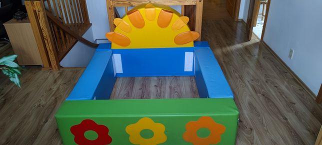 Suchy basen Słoneczko z piłkami