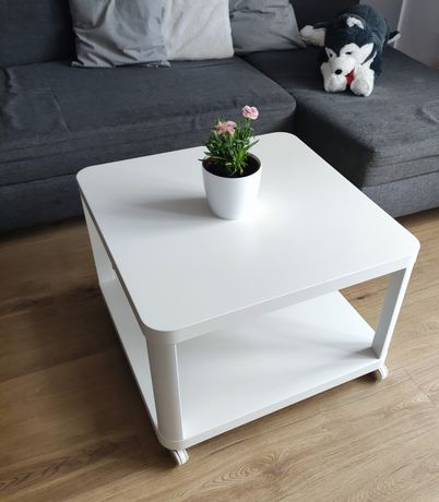Stolik Ikea tingby 64 x 64