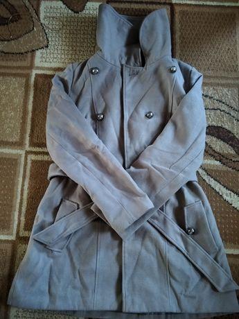 Весеннее пальто Atmosphere