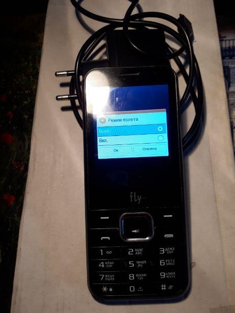 Мобильный телефон в рабочем состоянии