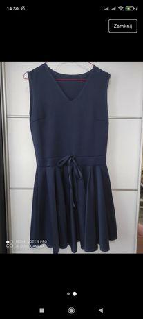 Sukienka z marszczonym dołem
