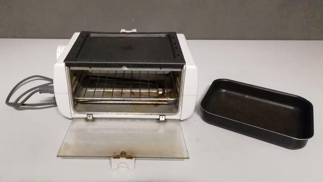 Toster opiekacz elektryczny podgrzewacz posiłków kuchenka