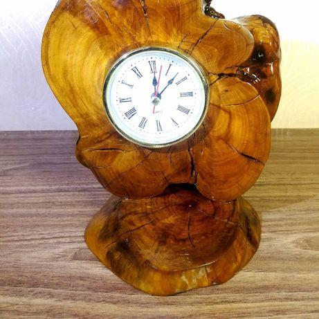 Годинник настільний