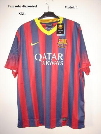 Camisolas e casacos do Futebol Clube Barcelona (ler anuncio).