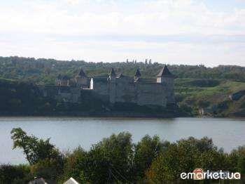 участок на Днестре с шикарным видом на Хотинскую крепость