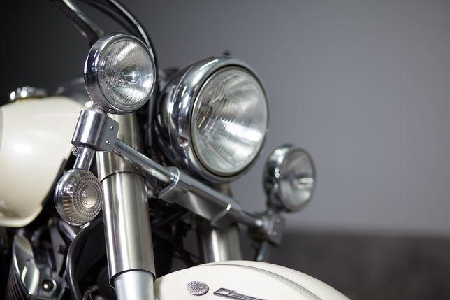 Мотоцикл Ямаха Драг Стар 1100 класік, чопер