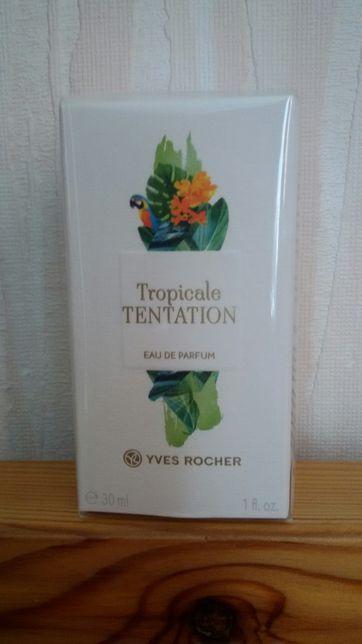 Подарок парфюмированная вода Ив Роше.