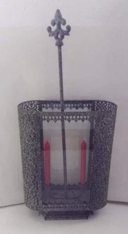 Raro porta velas / castiçal de ferro antigo, estilo Marrocos