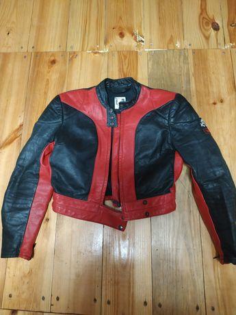 Продам женскую байкерскую куртку