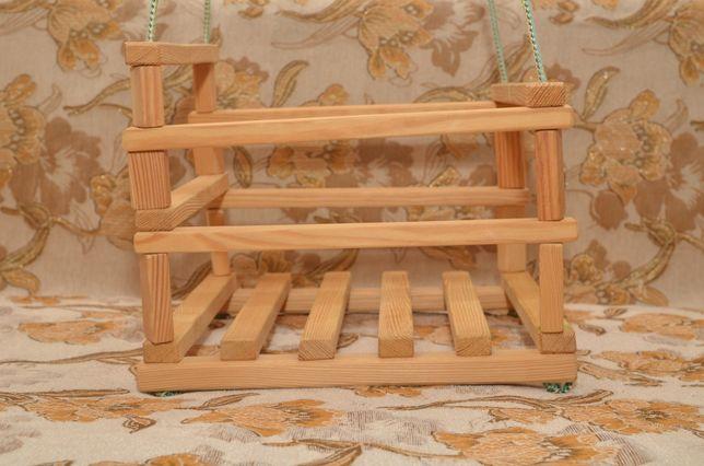 Детская деревянная качелька
