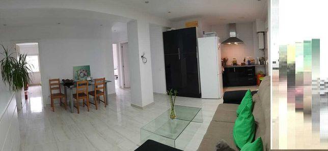 Продам свою 3х ком квартиру в Валенсии Испания