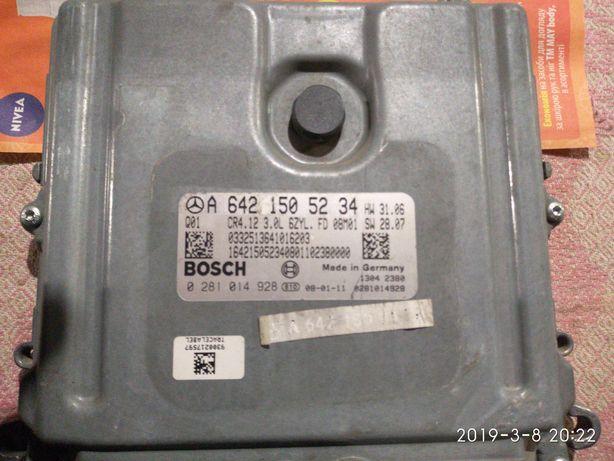 Блок управления двигателем Mersedes A642 150 52 34