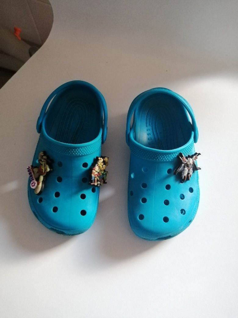 Crocs azuis Chicco 26