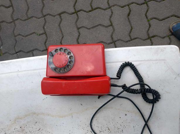 telefon antyk czerwony