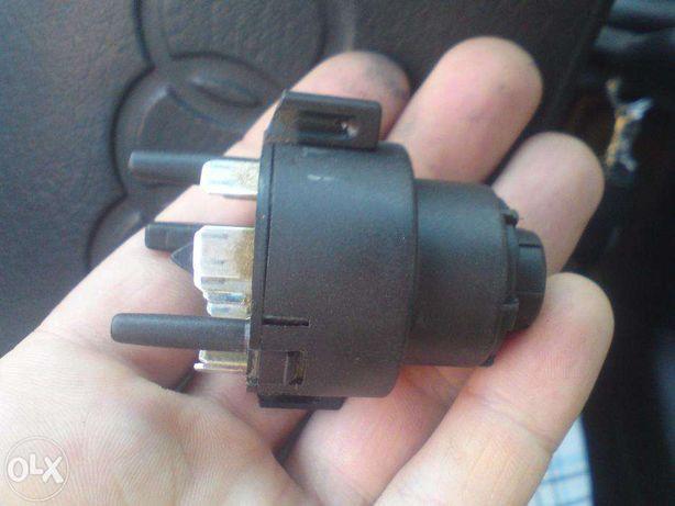 Контактная группа Замок зажигания Audi 80/90 B3 B4 Bosch